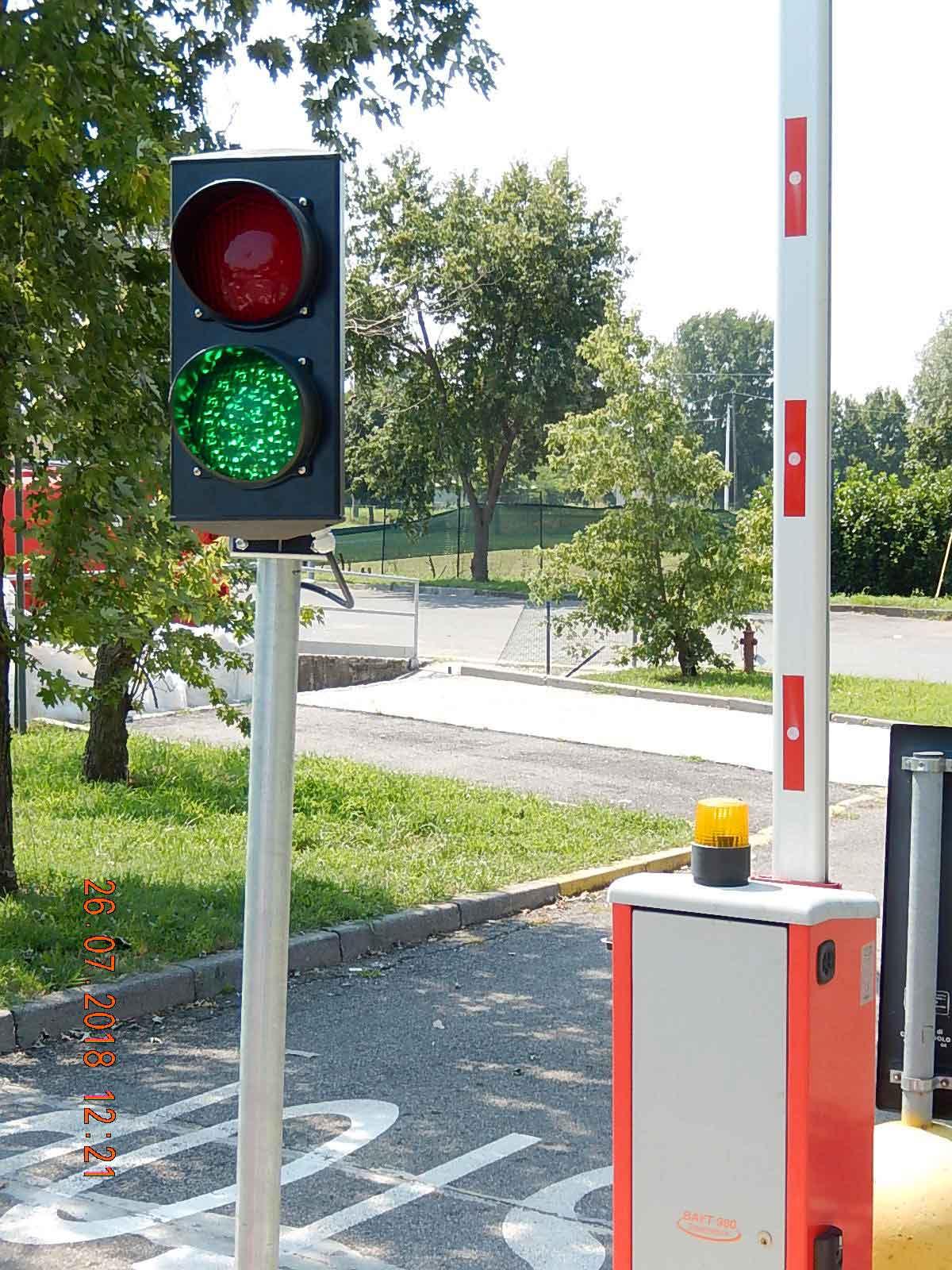Avviso importante per i cittadini di Castenedolo! Dal lunedì 30 luglio un semaforo regolamenterà gli accessi al centro di raccolta.