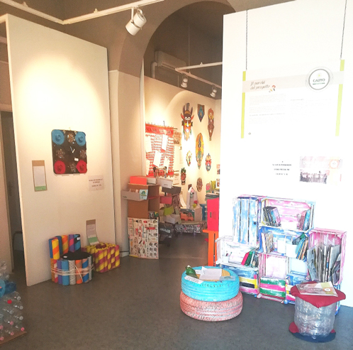 """Inaugurazione della mostra """"Riciclo è vita"""" - Progetto ludo-didattica """"Arte & Design""""."""